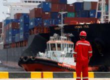 Solusi Barang Tertahan Di Pelabuhan Tanjung Priok/Bandara Soekarno Hatta