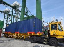 Solusi Barang Tertahan di Tanjung Perak